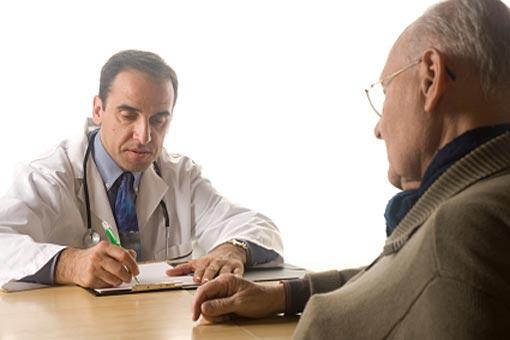 Consulter son médecin avant de partir en voyage